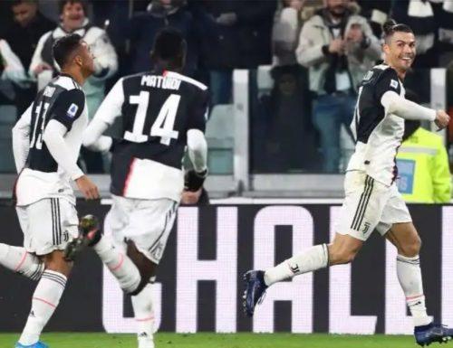 La Juventus soffre, vince e allunga