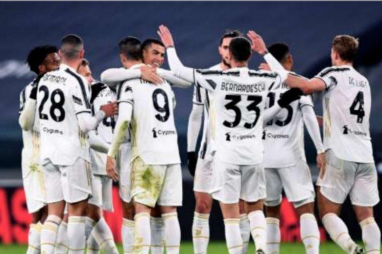 Juventus e Pirlo da applausi
