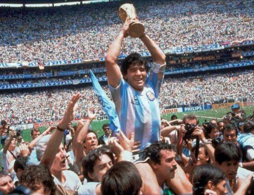 Il mondo piange Diego, il più grande di sempre